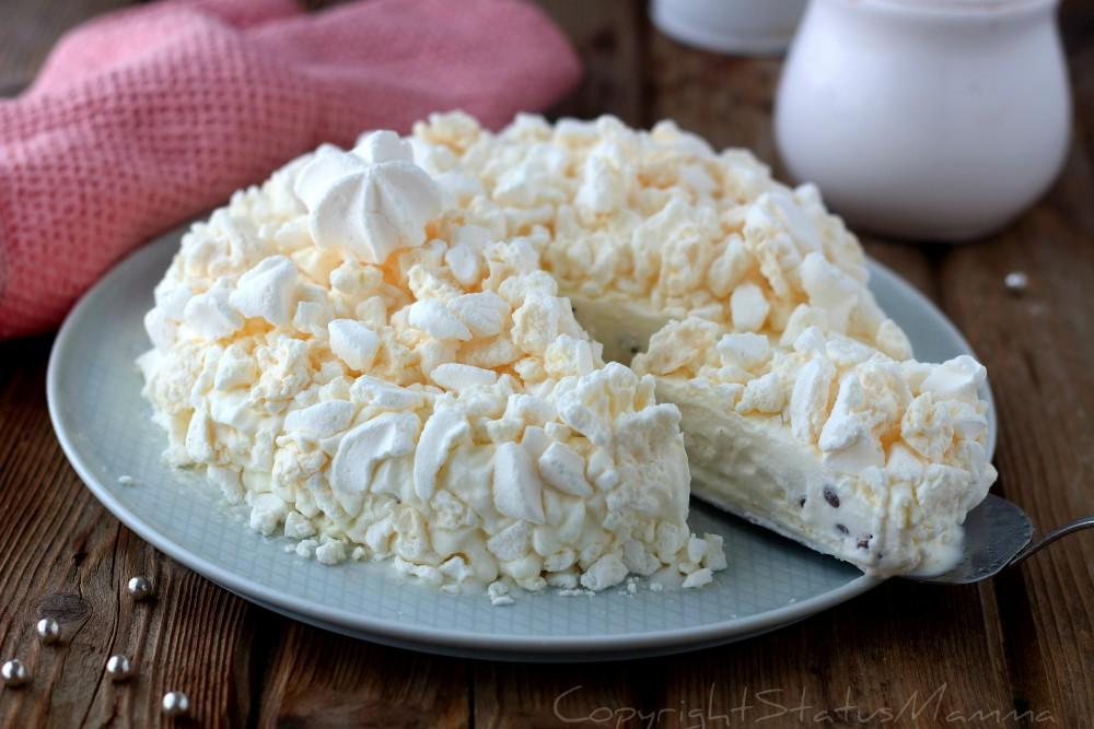 Torta Gelato con meringhe sbriciolate