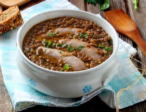 Zuppa LENTICCHIE E SALSICCIA ricetta anche bimby