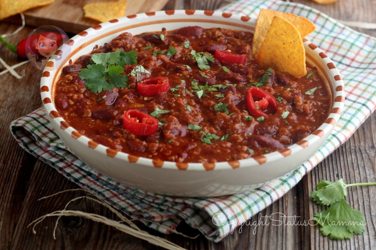 chili con carne macinata, fagiloli, riso, guacamole, come si mangia, bimby, salsa messicana, americana, ricetta,