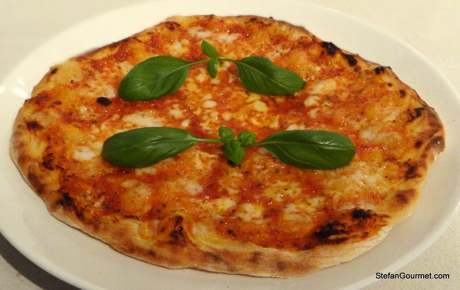 Come fare una pizza a casa come in pizzeria for Come fare una casa una casa