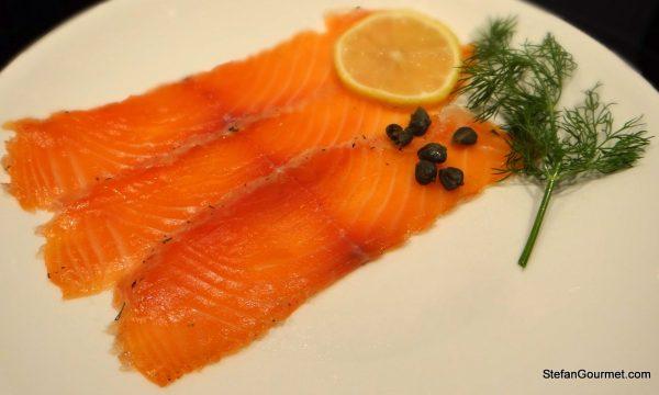 Gravlax (Salmone Salata alla Scandinava)