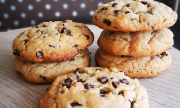 Cookies morbidi al burro di arachidi