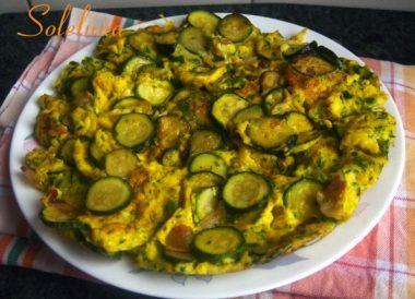 Pasticcio di uova e zucchine