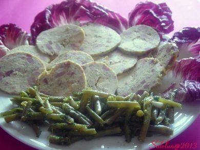 Galantina di pollo aromatizzata al basilico per Quanti modi di Fare e Rifare