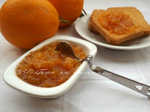 Marmellata di arance con scorzette