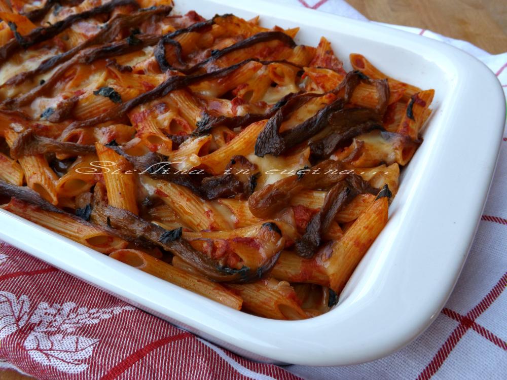 Pasta al forno con peperoni ricetta primo piatto saporito - Cucinare i peperoni ...