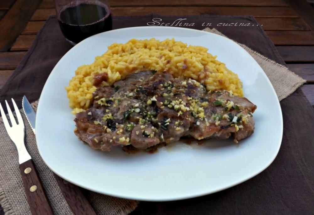 Ossobuco alla milanese con risotto ricetta regionale for Cucinare ossobuco
