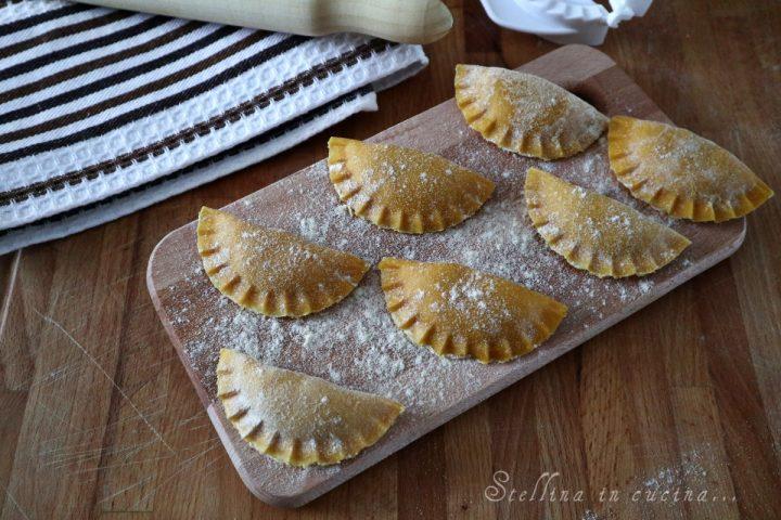 Ravioli di zampone e patate