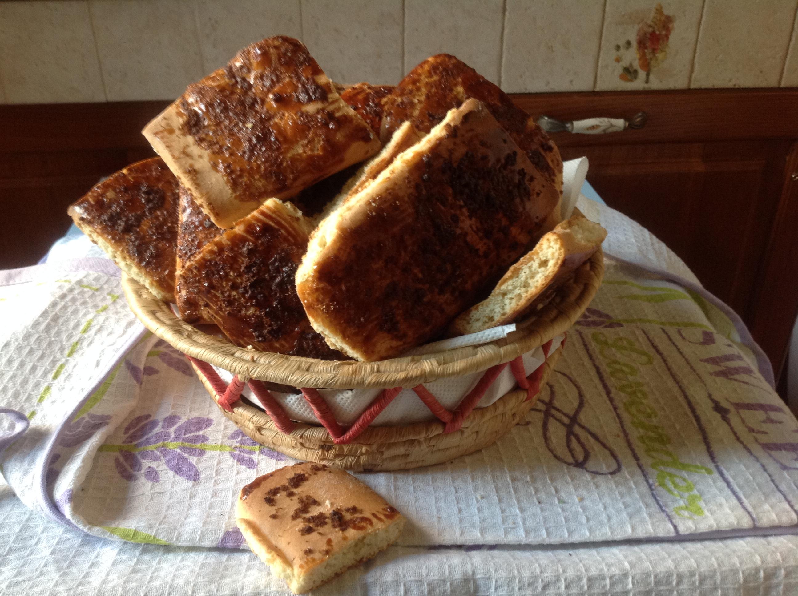 I biscottoni bruni allo   zucchero integrale di canna