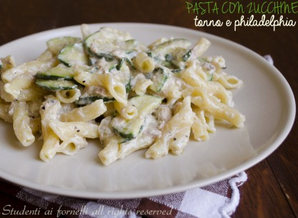 pasta zucchine tonno e phialdelphia ricetta primo veloce