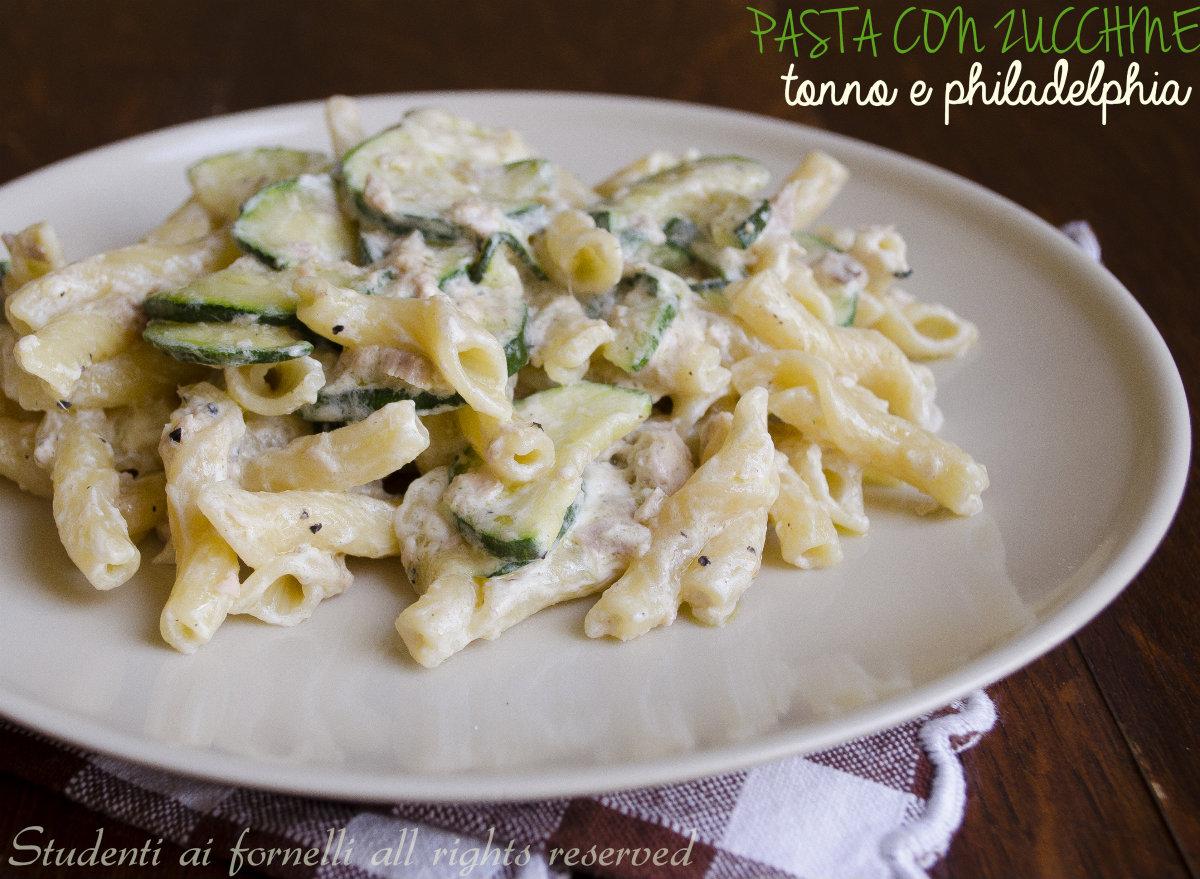Pasta zucchine tonno e philadelphia ricetta primo veloce for Primi piatti particolari