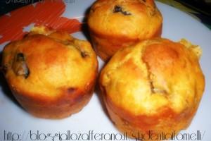 Muffin salati con melanzane e asiago