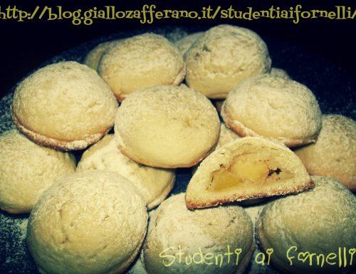 Cuor di mela alle mandorle | Ricetta sweet
