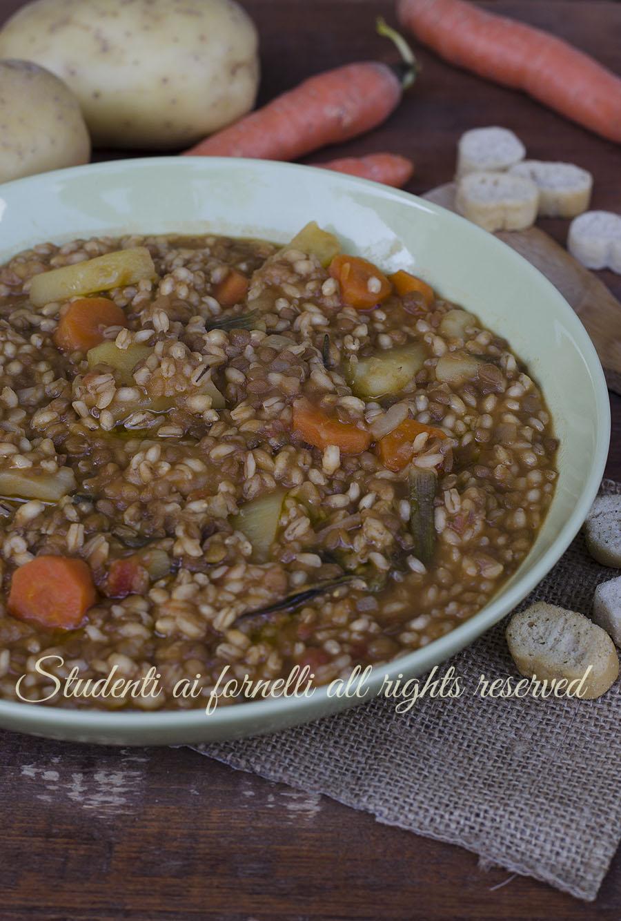 ricetta zuppa di lenticchie con farro e orzo ricetta vegana vegetariana primo zuppa