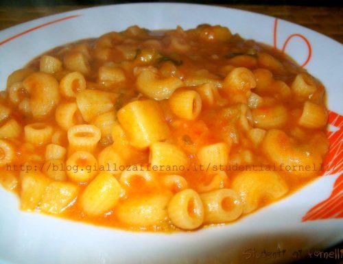 Pasta e patate | Ricetta genuina e saporita