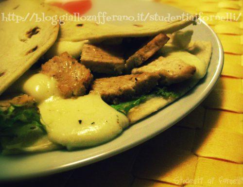 Piadina con petto di pollo | Ricetta sfiziosa