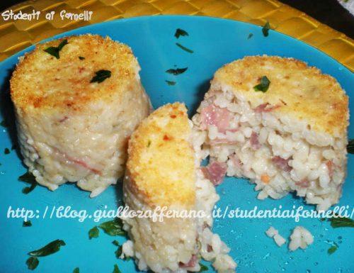 Timballini di riso con mozzarella e prosciutto crudo