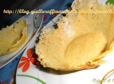 Cestini di parmigiano | Ricetta finger food veloce e sfiziosa