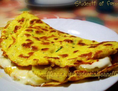 Omelette con patate e stracchino | Ricetta sfiziosa