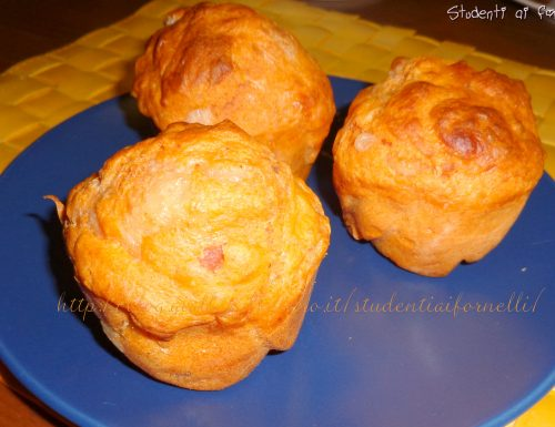 Muffin con salsiccia e mozzarella