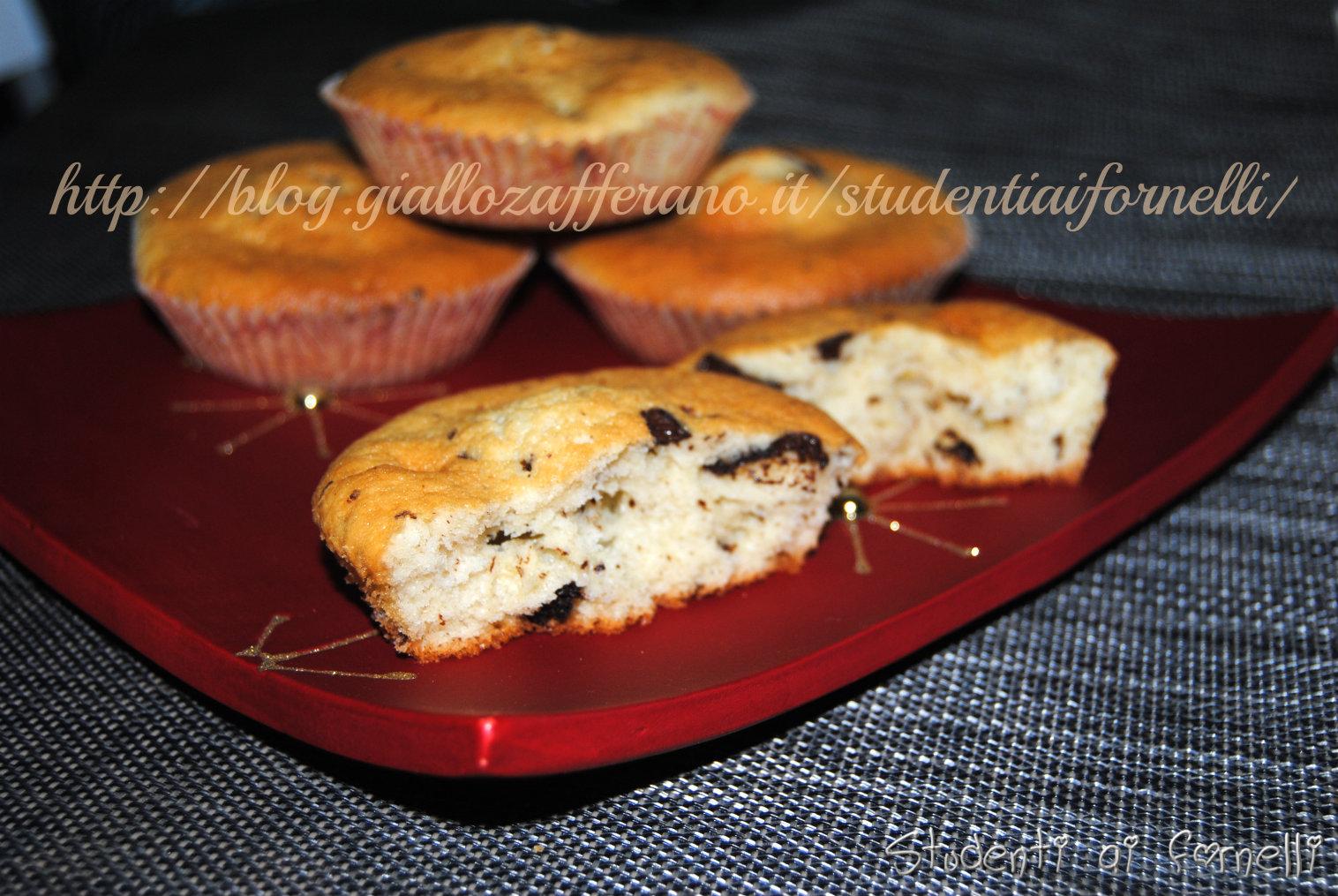 merendine alla vaniglia con gocce di cioccolato