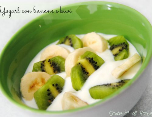Yogurt con banane e kiwi