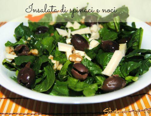 Insalata di spinaci e noci