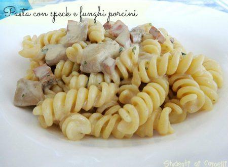Pasta con speck e funghi porcini