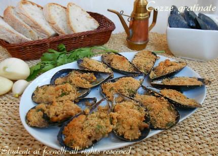 cozze gratinate con pangrattato al forno ricetta