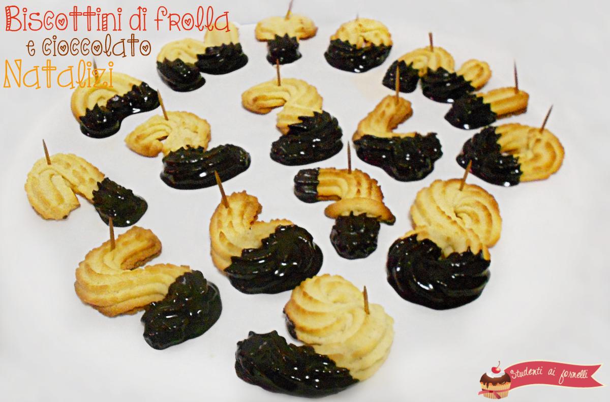 Biscotti Di Natale X Bambini.Biscottini Natalizi Di Frolla E Cioccolato Ricetta Biscotti Semplici