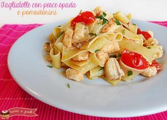 Primi di pesce Vigilia di Natale facili e gustosi pasta con pesce spada e pomodorini ricetta primo piatto a base di pesce