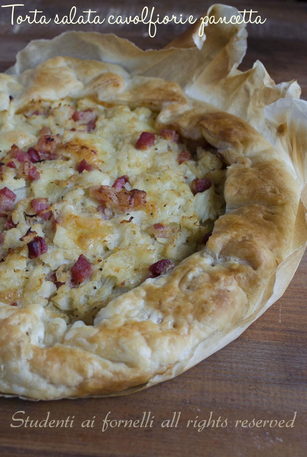 torta salata cavolfiori e pancetta mozzarella ricetta sfoglia gustosa
