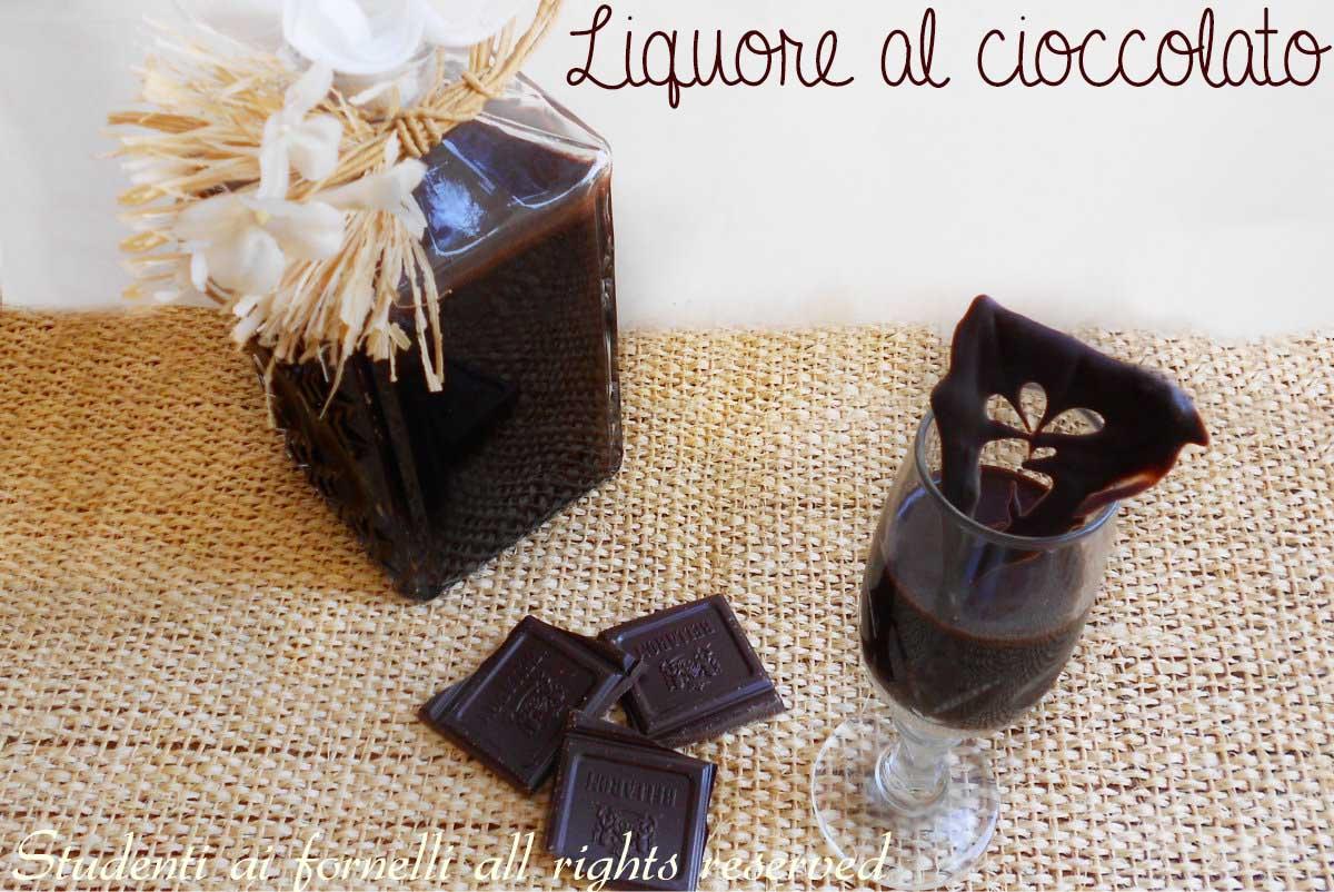 liquore al cioccolato ricetta liquore al cacao semplice e veloce copy