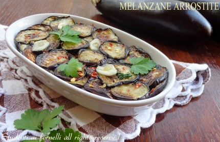 melanzane arrostite col olio prezzemolo e peperoncino ricetta vegetariana