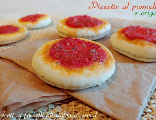Pizzette al pomodoro e origano
