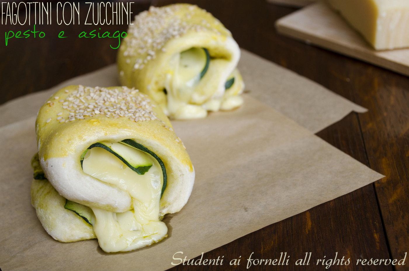 fagottini con zucchine pesto e asiago ricetta finger food con pizza