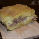 Gatto' di patate con salsiccia e mozzarella