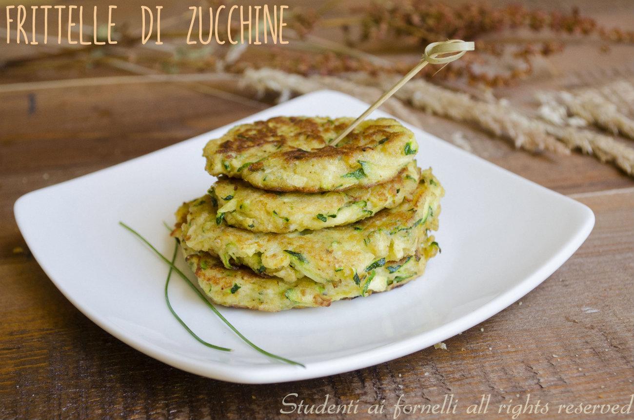 frittelle di zucchine in padella ricetta facile senza farina