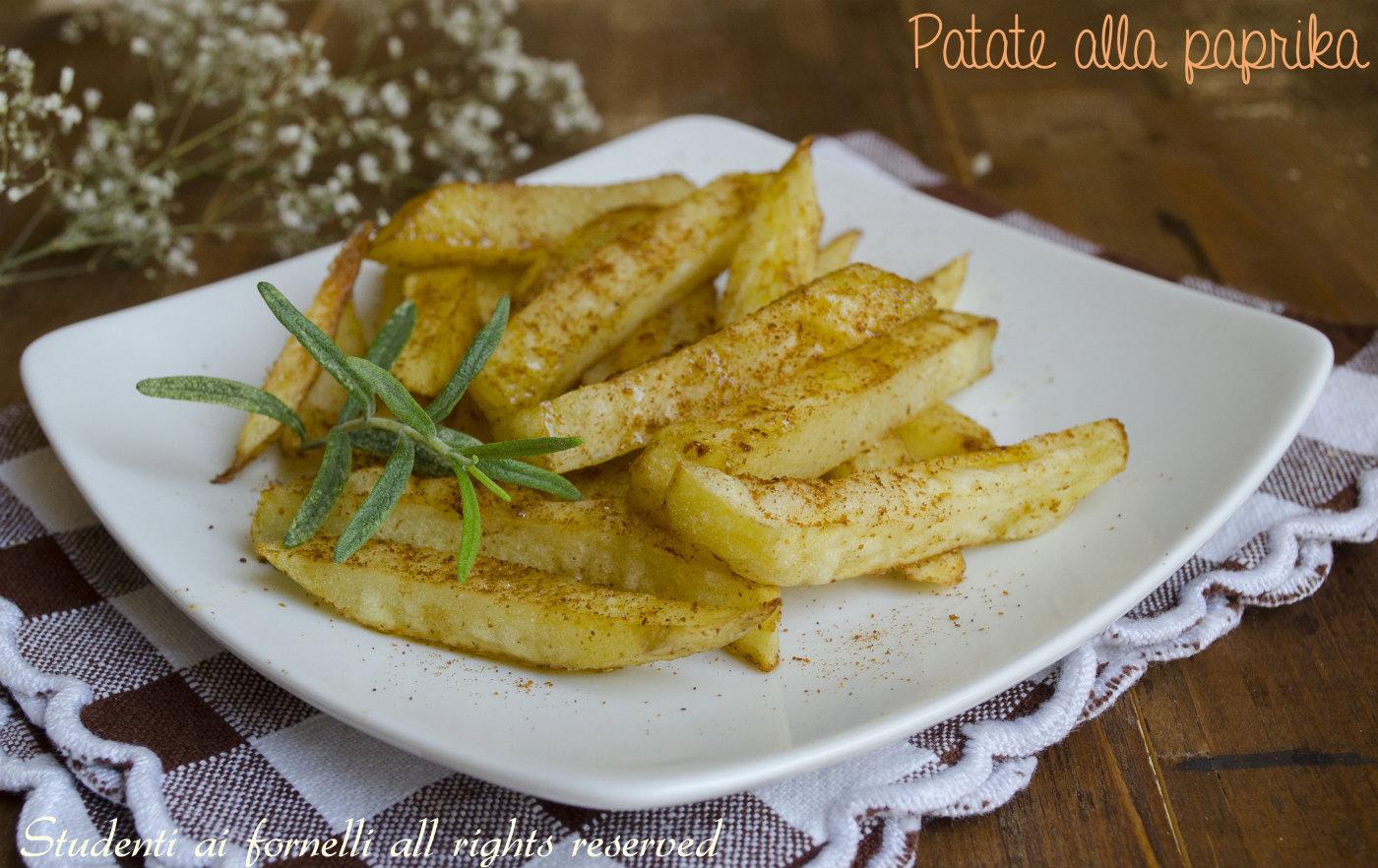 patate alla paprika cotte in forno ricetta patate saporite
