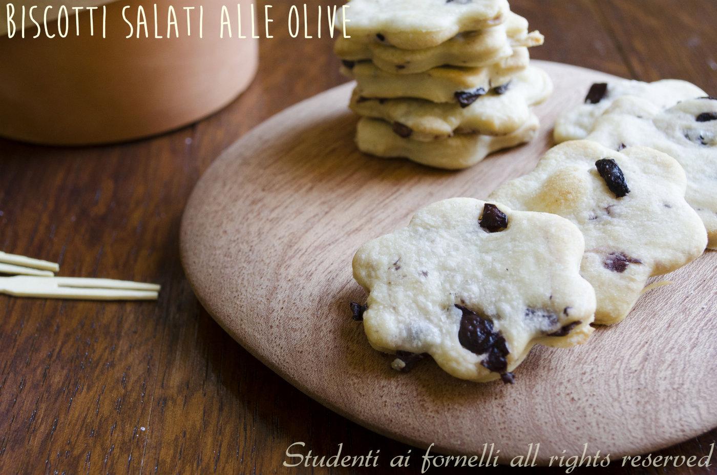 biscotti alle olive nere ricetta biscotti per aperitivo