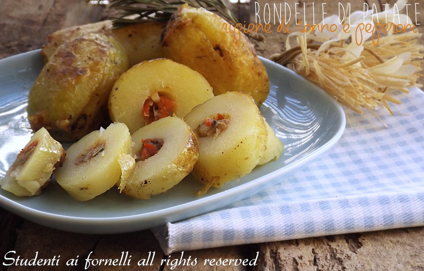 rondelle di patate ripiene tonno e peperoni ricetta patate al forno sfiziose