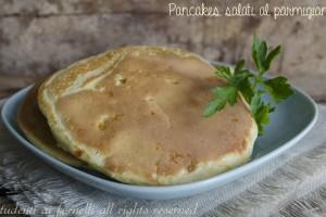 Pancakes salati al parmigiano