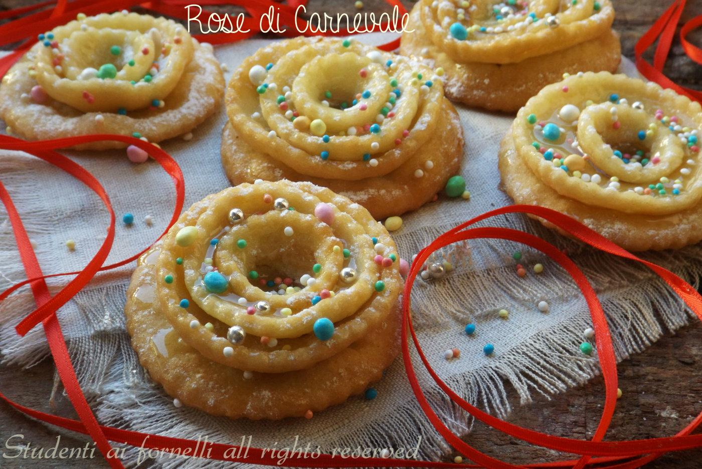 Rose di carnevale fritte simili alle chiacchiere ricetta for Ricette dolci di carnevale