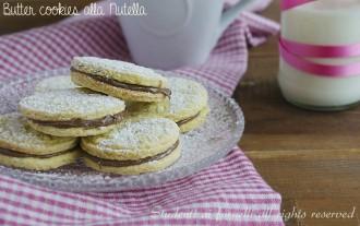 butter cookies alla nutella ricetta biscotti al burro con nutella tipo occhio di bue