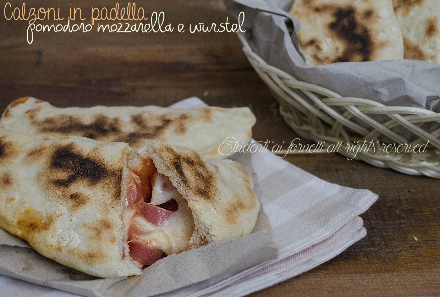 calzoni in padella pomodoro mozzarella e wurstel ricetta calzoni veloci gustosi ripieni ricetta facile