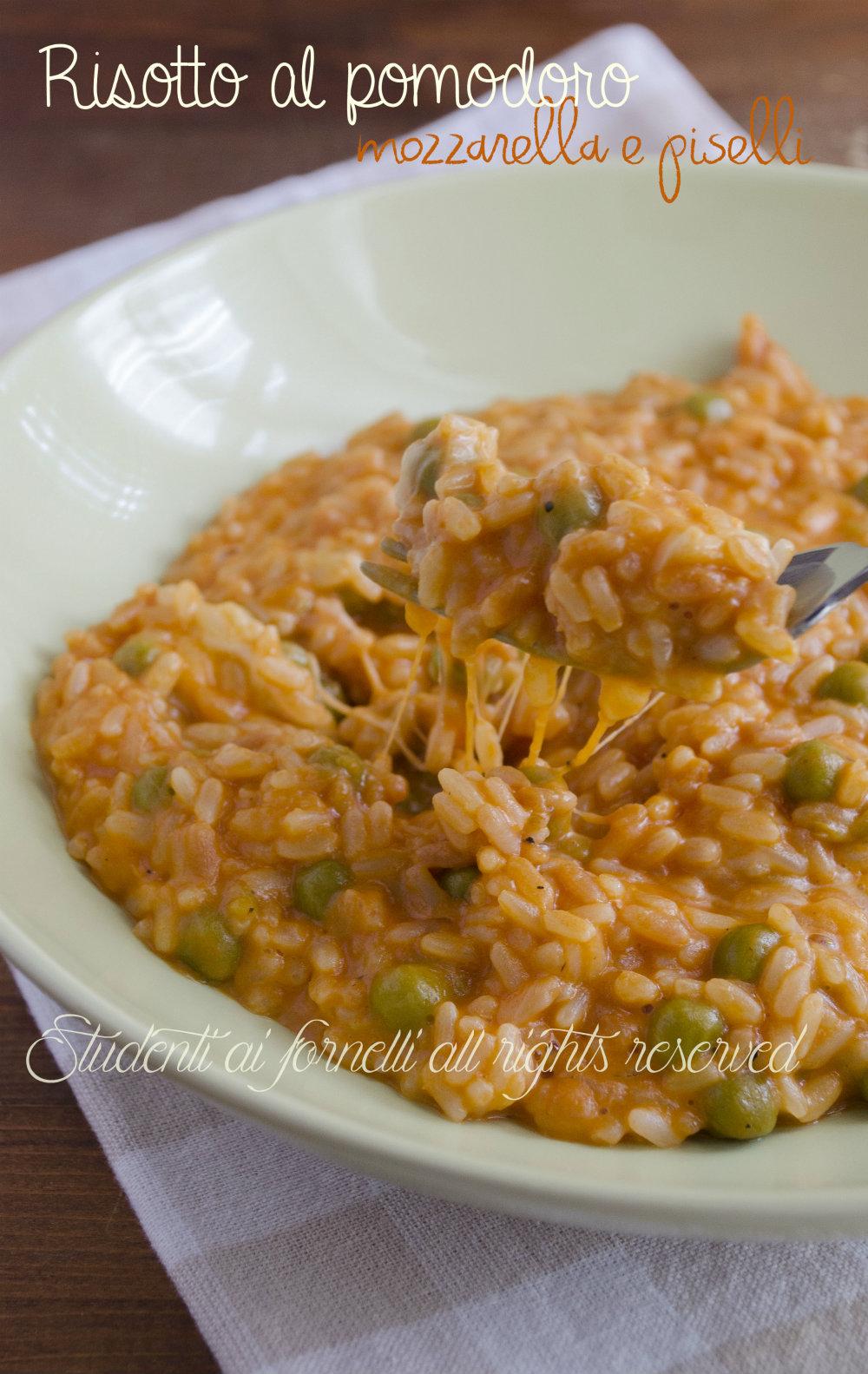 risotto al pomodoro mozzarella e piselli facile e gustoso ricetta primo facile