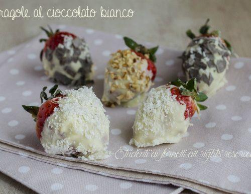 Fragole al cioccolato bianco