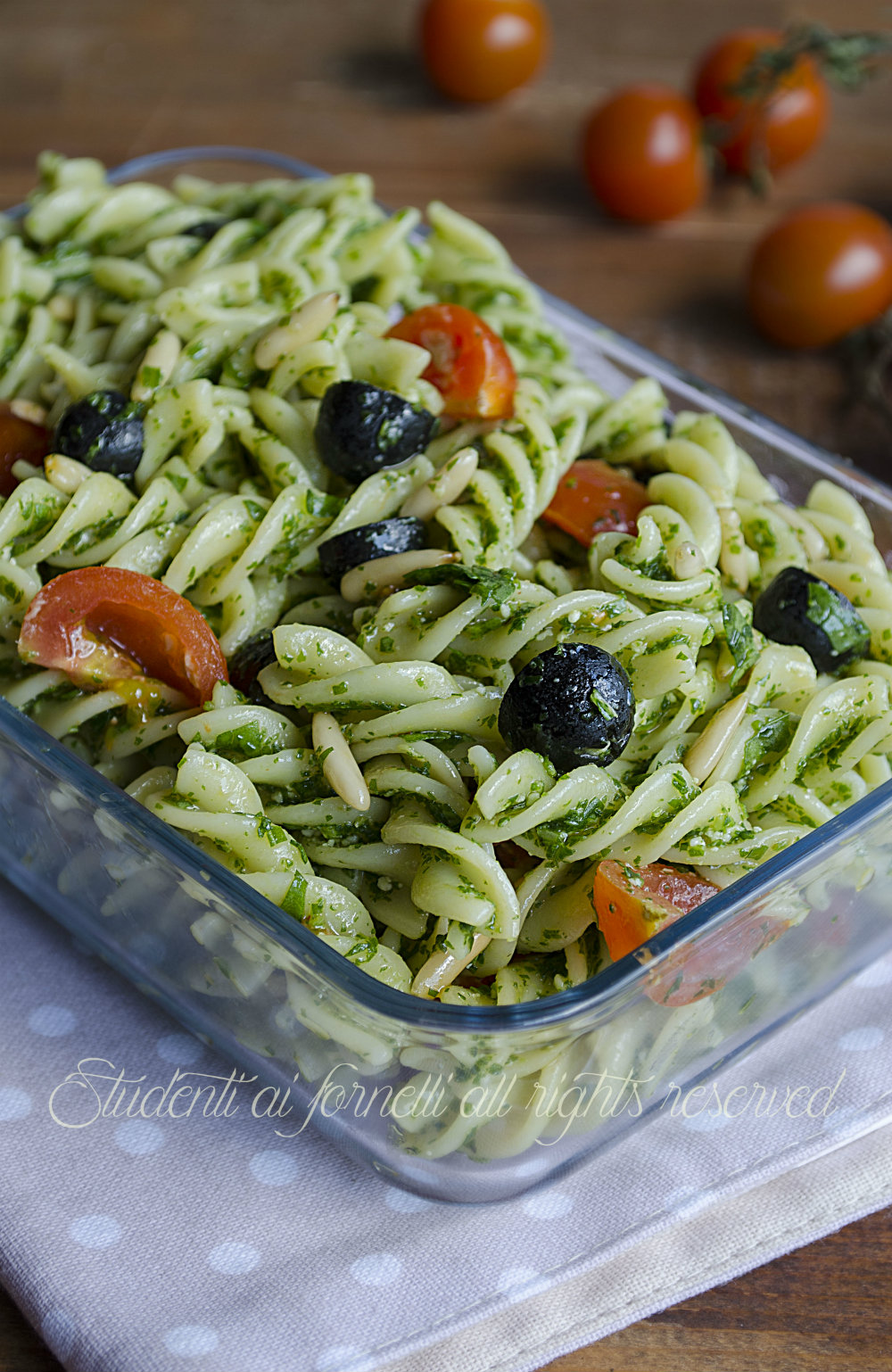 Famoso Pasta fredda pesto di rucola olive nere, pomodorini e pinoli MO17