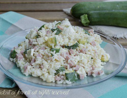 Insalata di riso zucchine e prosciutto cotto
