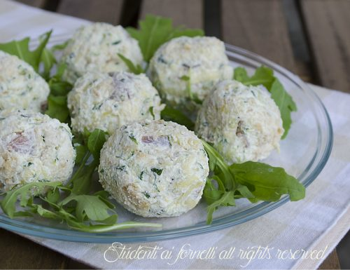Polpette fredde di zucchine e prosciutto crudo senza cottura